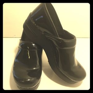 Dansko Black Patent Leather Clogs Size 38